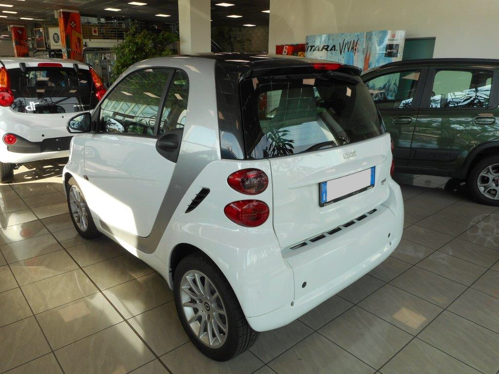 Smart ForTwo MHD coupé passion
